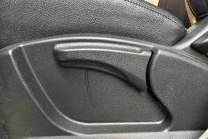 景逸X3座椅调节键