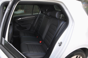 Golf GTE 后排座椅
