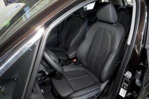 进口宝马2系运动旅行车 驾驶员座椅