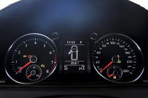 迈腾旅行轿车 仪表盘背光显示