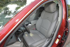 进口凯迪拉克CTS 驾驶员座椅