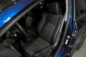 讴歌RDX驾驶员座椅图片