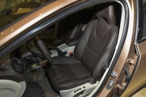 沃尔沃V40 Cross Country驾驶员座椅图片