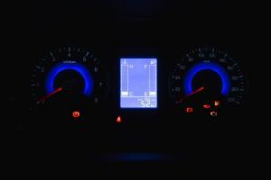 景逸X3仪表盘背光显示