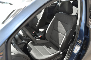 Golf旅行轿车驾驶员座椅图片