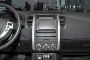 风度MX6中控台整体图片