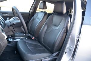 乐风RV驾驶员座椅图片