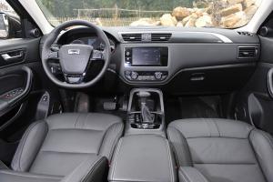 观致5 SUV完整内饰(中间位置)图片