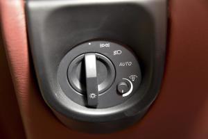 阿斯顿·马丁V8 Vantage 大灯开关