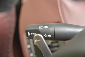 阿斯顿·马丁V8 Vantage 大灯远近光调节柄