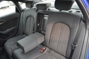 奥迪S6后排座椅图片
