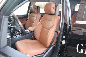 奔驰GLS级驾驶员座椅图片