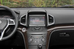 幻速S6中控台正面图片
