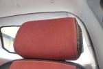 众泰E200驾驶员头枕图片