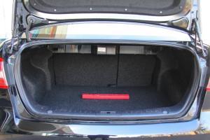 奔腾B90 行李箱空间
