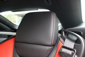 奔驰AMG GT驾驶员头枕图片