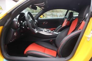 奔驰AMG GT前排空间图片