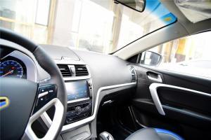 帝豪EV300中控台驾驶员方向