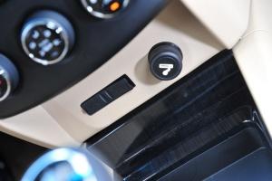 五菱宏光S1 USB接口