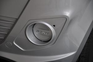 一汽V75                V75 外观-丝缎银