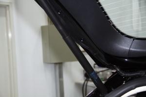 特斯拉MODEL S 行李厢支撑杆