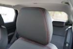 中华V3驾驶员头枕图片