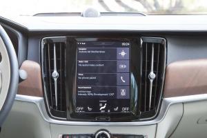 沃尔沃S90(进口)中控台正面图片