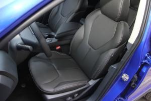 驭胜S330驾驶员座椅图片