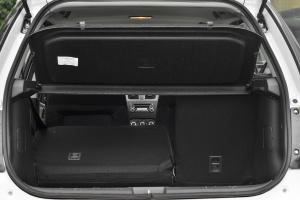 天语SX4两厢              行李箱空间