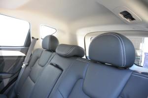 吉利远景SUV              后排座椅