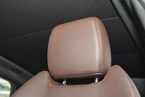 X7驾驶员头枕