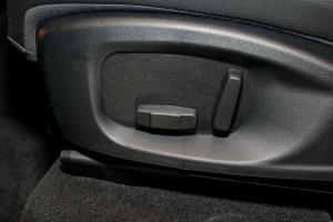 座椅调节键