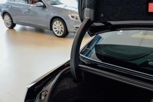 S90行李厢支撑杆