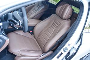 奔驰E级驾驶员座椅图片