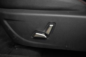 Z300座椅调节键