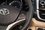 威驰 方向盘功能键(右)
