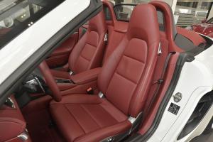 保时捷718驾驶员座椅图片