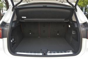 宝马X1                 行李箱空间