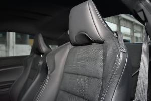 丰田86驾驶员座椅图片