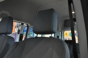 福特新全顺驾驶员头枕图片
