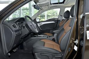 远景SUV前排空间图片