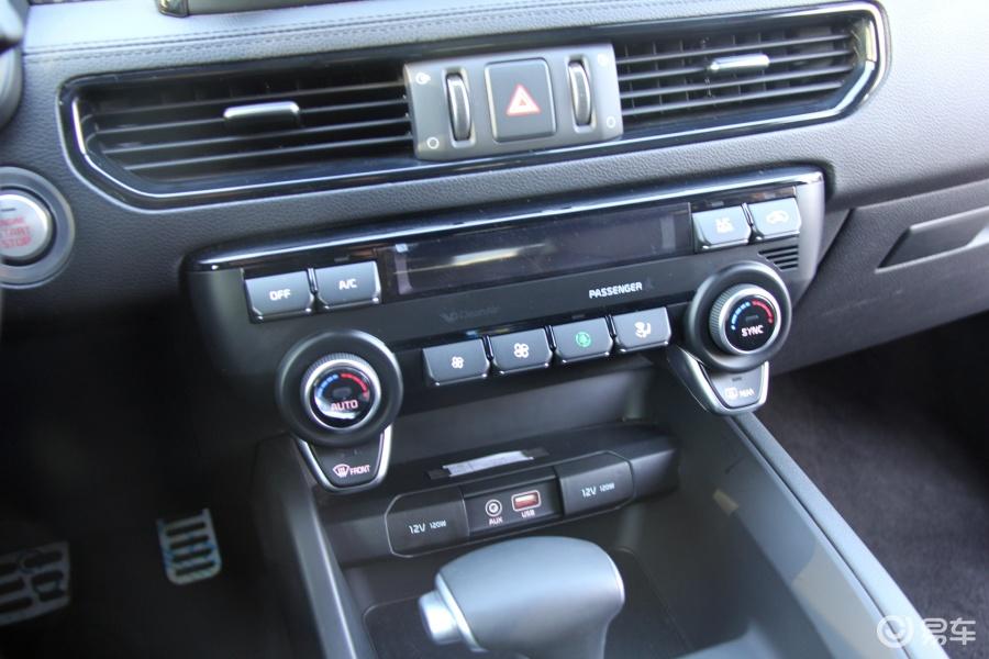 【起亚kx72017款基本型中控台空调控制键汽车图片-】