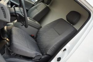 风景G9驾驶员座椅图片