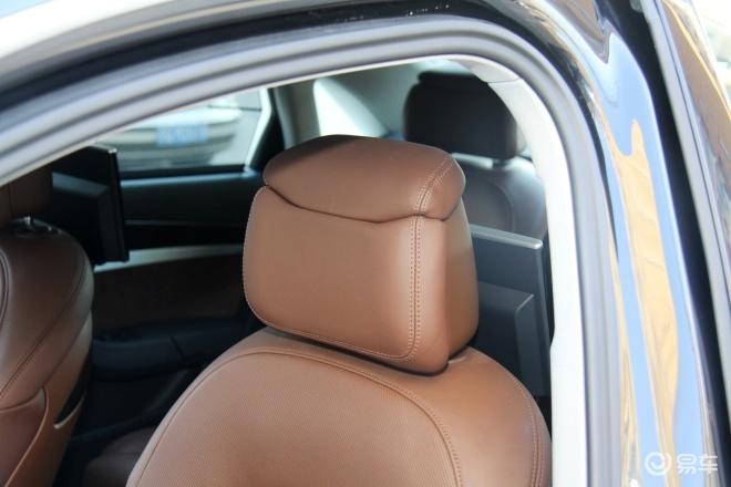 奥迪A8L(进口)A8L驾驶员头枕