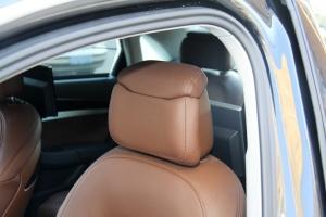 A8L驾驶员头枕