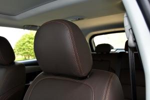 全新景逸X5驾驶员头枕图片