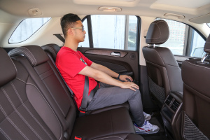 奔驰GLE级2017款 奔驰GLE400 4MATIC图片