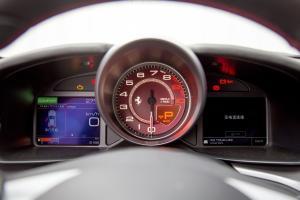 法拉利GTC4Lusso仪表盘图片