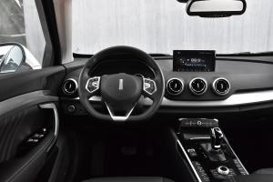 VV7完整内饰(驾驶员位置)