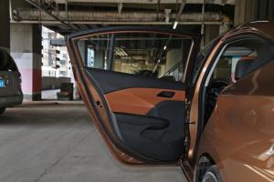 科沃兹2016款 1.5L 自动 欣尚版 外观琥珀棕